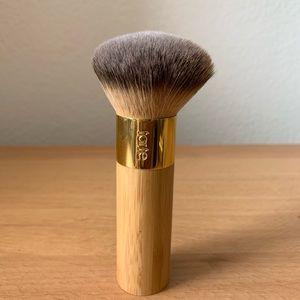 tarte Makeup - Tarte Fluffy Brush